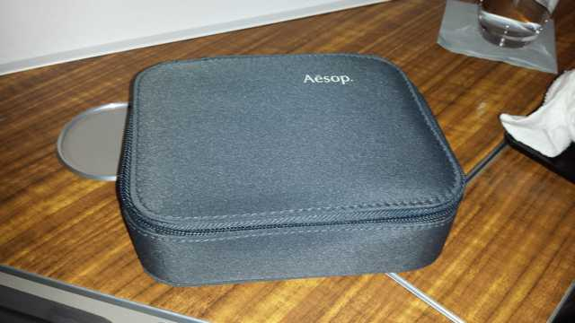 CX First Class HKG to ORD amenity kit 2